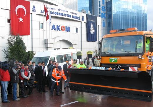 İstanbul Belediyesi Kar Küreme Araçlarında Araç Takip Sistemi Kullanıyor