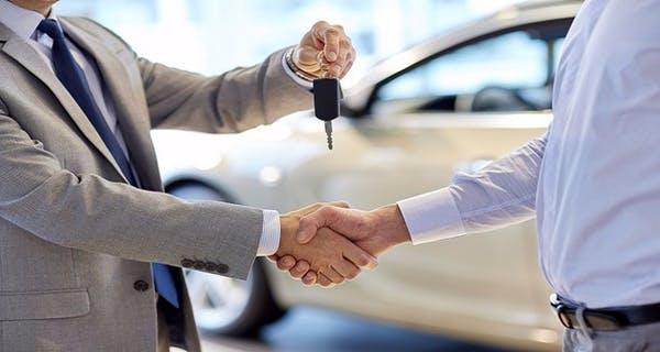 Otomobil Satışları Zamdan Etkilendi
